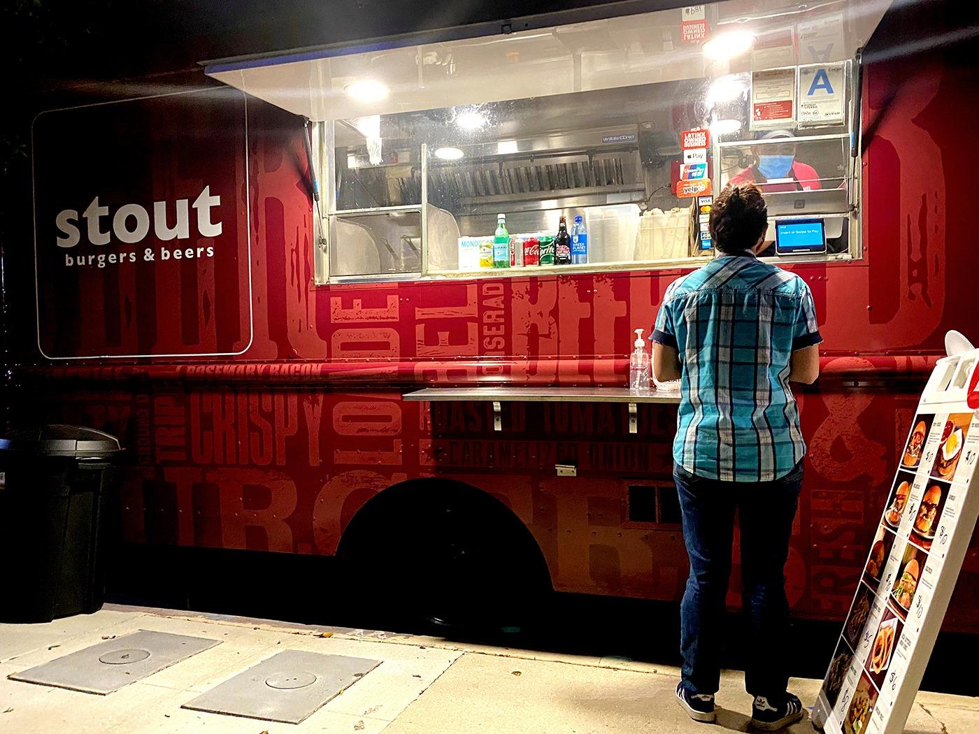 Stout Burgers a